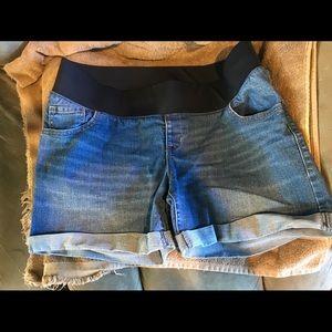 Old Navy Size 16 Maternity Jean Shorts